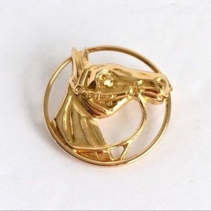 Vintage Equestrian Horse Brooch Gold Tone Pin